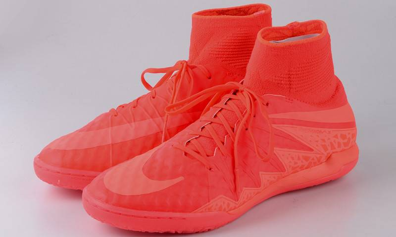 NIKE FootballX Floodlights Glow_08