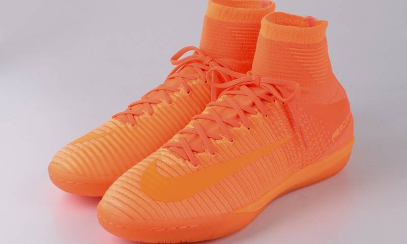 NIKE FootballX Floodlights Glow_11
