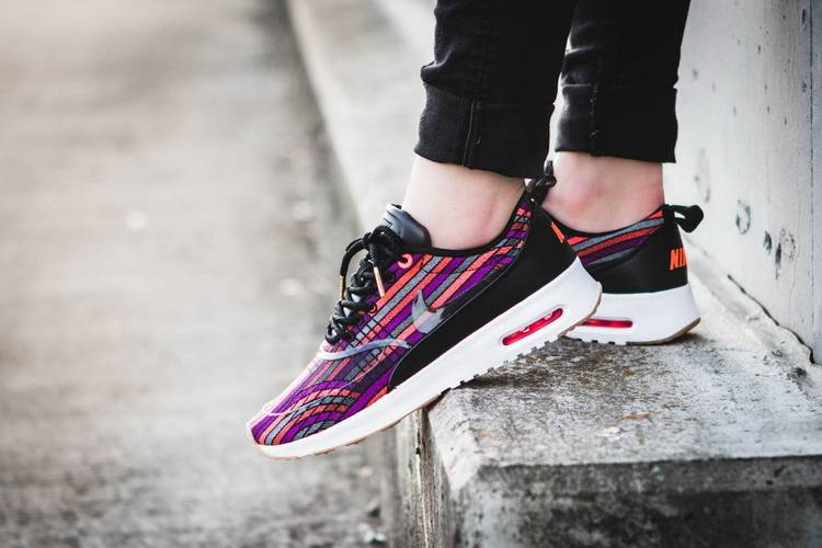 nike-wmns-air-max-thea-ultra-jcrd-prm-beautiful-x-powerful-885021-001-mood-2_resize