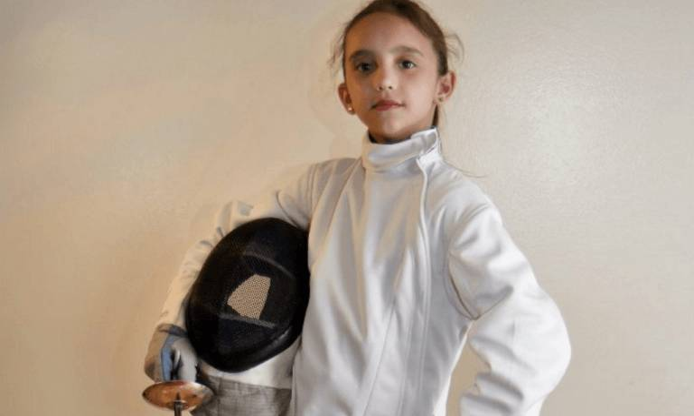另一替身Sienna Novikov亦是運動好手,她的專長包括劍擊和體操。(photo-imdb.com)