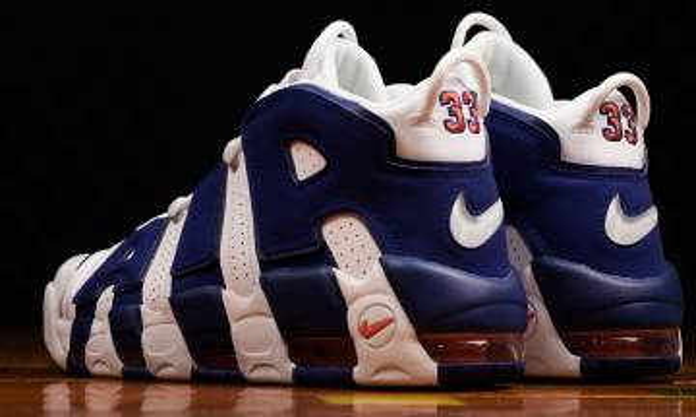 柏賓大戰伊榮!33號的Air More Uptempo「Knicks」