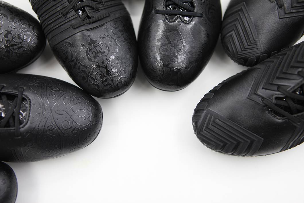 adidas NEW BLACK PACK BOOTS極罕收藏