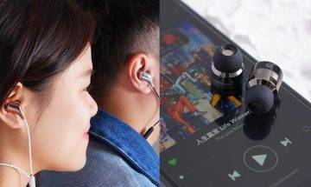 【2019情人節】實用派禮物首選!實測2款日本情侶款藍芽耳機