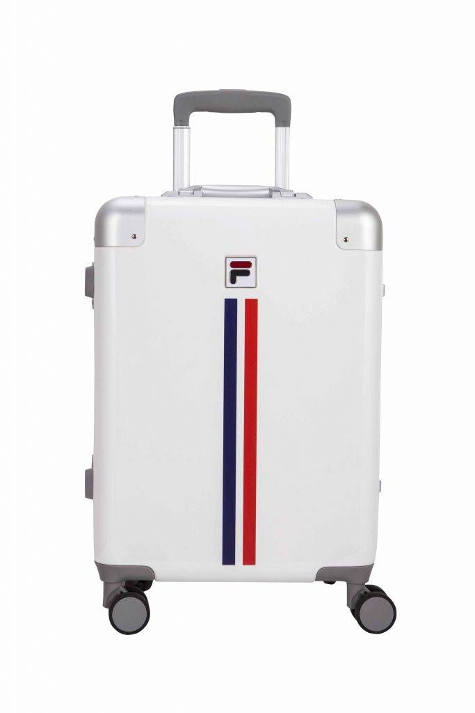 滿,999更可獲FILA行李箱1個