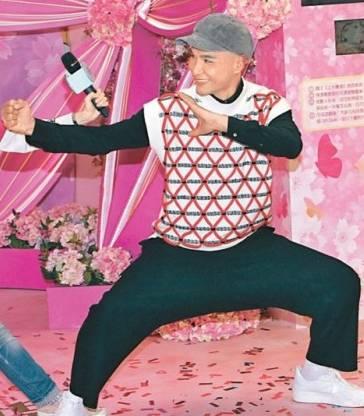 【亞視永恆】21年前藝人月曆出土 回顧「時尚達人」陳展鵬經典造型 網民:終於明白咩叫亞視味