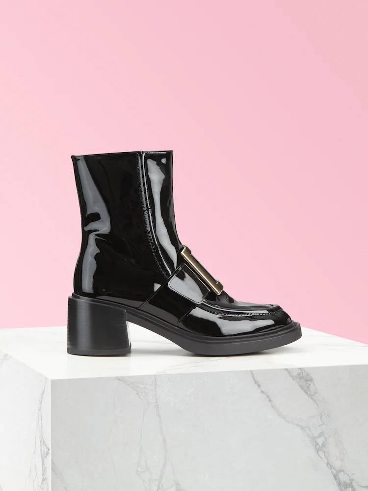 Viv' Rangers Metal Buckle Ankle Boots in Patent Leather HK,600