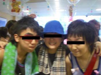 盤點香港近20年潮流黑歷史!毛巾黨、棒棒堂頭你有冇跟過?