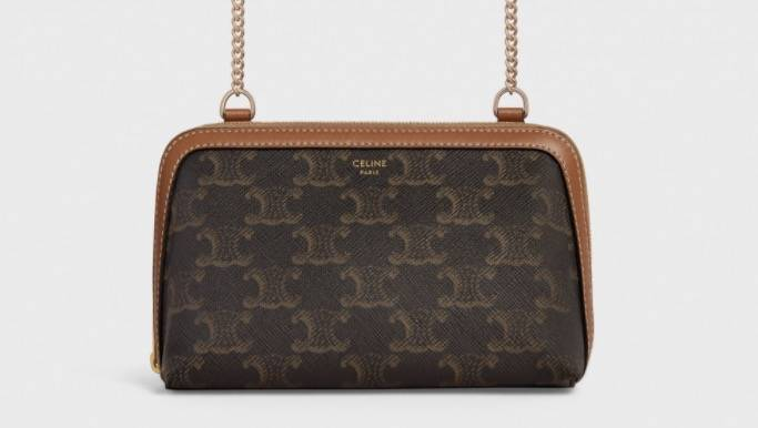 Clutch with Chain in Triomphe Canvas and Lambskin ,900