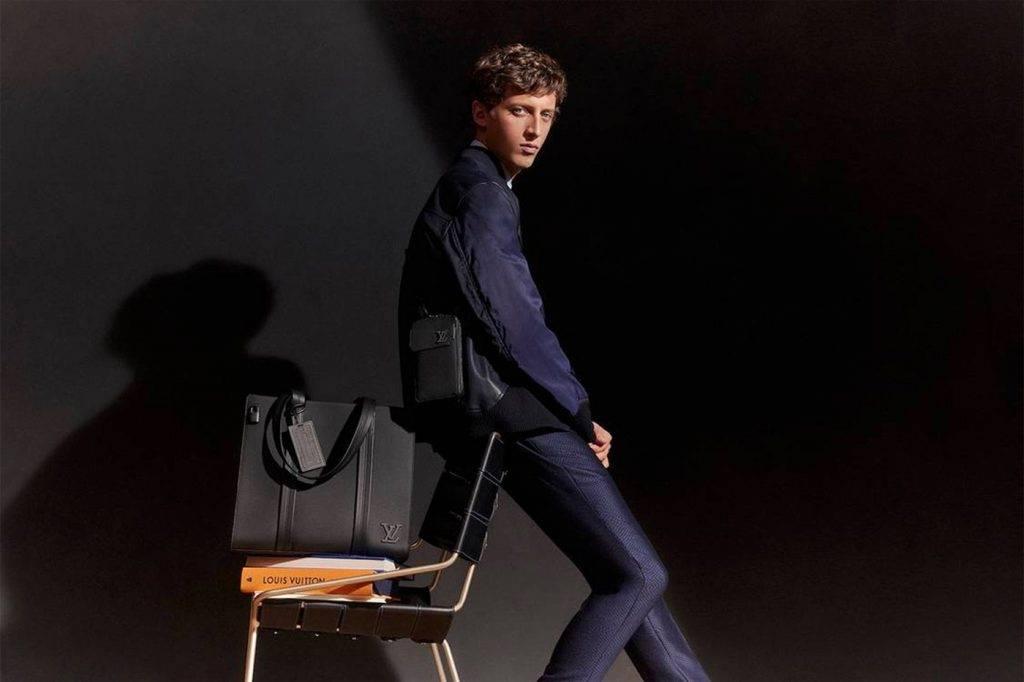 Louis Vuitton全新Aerogram暗黑皮具系列