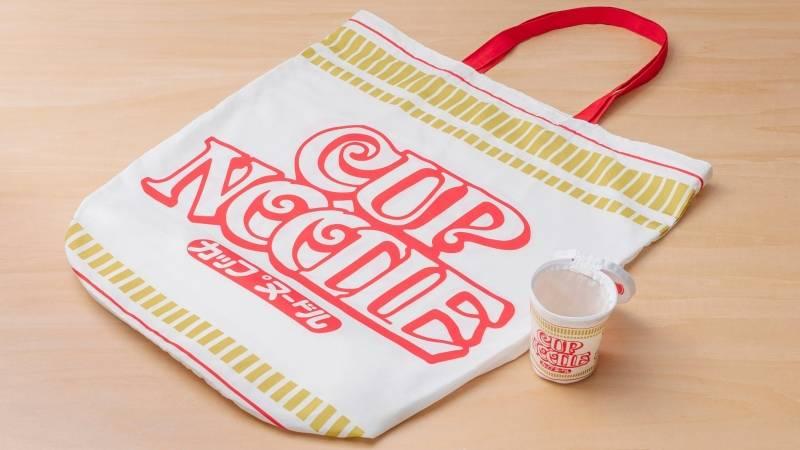 據消息透露,呢款巨型杯麵環保袋只屬官方贈品
