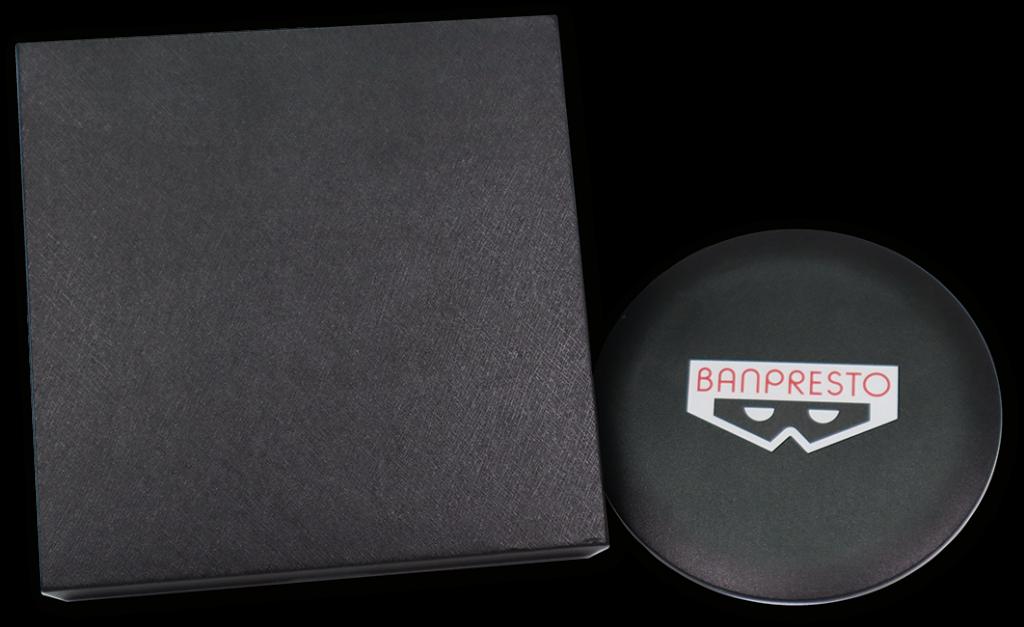 於會場內購買任何Banpresto產品滿 HKD0,即可獲贈無線充電器一個
