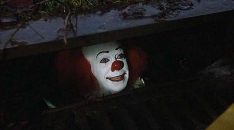 【扮小丑嚇途人】隨時嚇到心臟病發搞出人命。