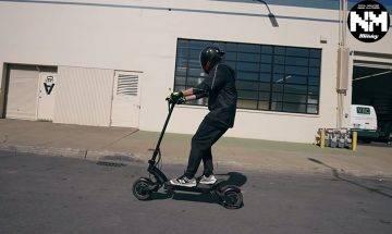 【電動滑板車】中年男騎電動滑板車不作停牌處分 裁判官:應從登記和發牌制度着手