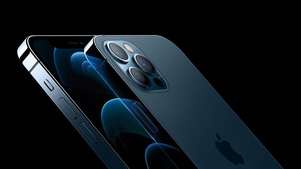 Apple日前就率先宣布部份售出iPhone 12有問題(圖片來源:Apple)